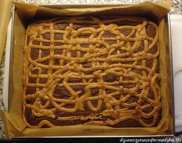 brownie z maslem orzechowym (2)