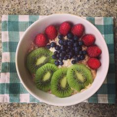 pudding gryczany z owocami-min