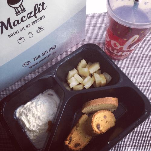 Catering Dietetyczny We Wroclawiu Maczfit Odzywianie Dziewczyna
