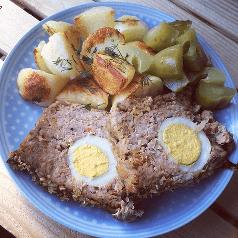 pieczen rzymska z jajkiem i warzywami
