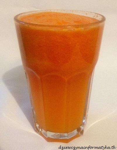 swiezowyciskany sok jablko-marchew (2)